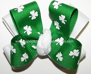 Shamrock Pigtail Cheer Bow